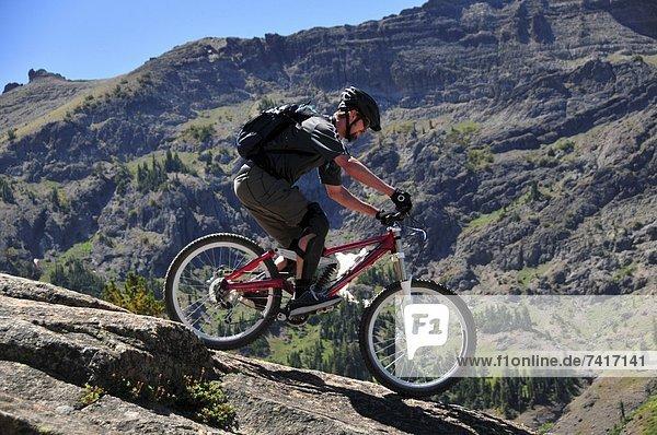 Felsbrocken  Anschnitt  Berg  Technologie  Sommer  fahren  Urlaub  Kalifornien