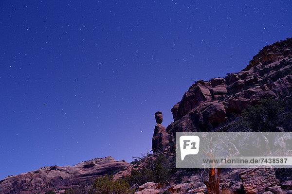 Felsbrocken  Nacht  Wüste  Anordnung
