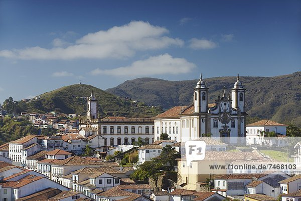 View of Nossa Senhora do Carmo (Our Lady of Mount Carmel) Church and Museu da Inconfidencia  Ouro Preto  UNESCO World Heritage Site  Minas Gerais  Brazil  South America