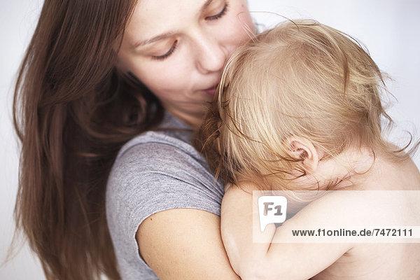 Nahaufnahme der Mutter mit Tochter