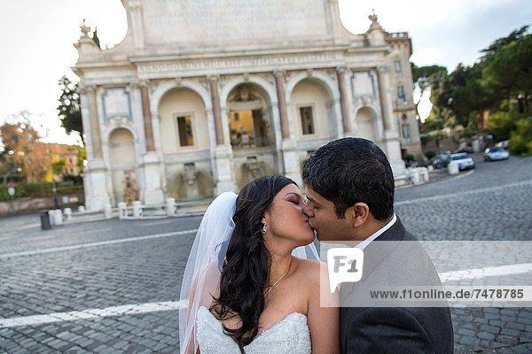 Rom,  Hauptstadt , Hochzeit , küssen , frontal , Italien