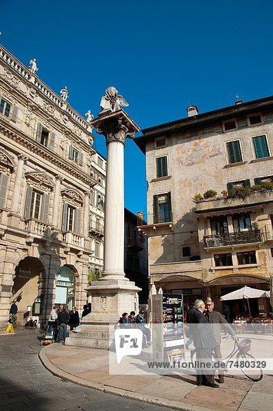 Europa  Großstadt  Quadrat  Quadrate  quadratisch  quadratisches  quadratischer  Mittelpunkt  Platz  Geographie  Venetien  Verona