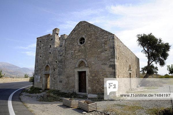 Kirche Agios Georgios  Ausgrabungsstätte Gortis  Gortyna  Kreta  Griechenland  Europa