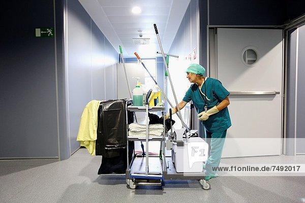 Surgery  Operating room  Onkologikoa Hospital  Oncology Institute  Case Center for prevention  diagnosis and treatment of cancer  Donostia  San Sebastian  Gipuzkoa  Basque Country  Spain
