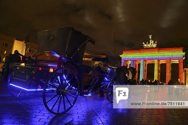 Brandenburger Tor beim Festival of Lights  Berlin  Deutschland  Europa