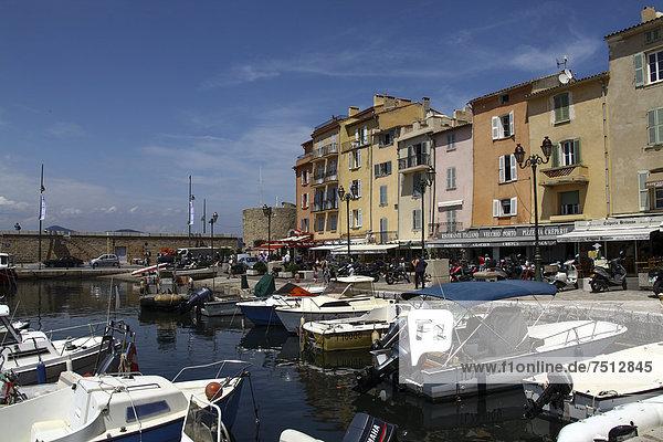 Harbour  historic town centre  St. Tropez  Cote d'Azur or French Riviera  France  Europe