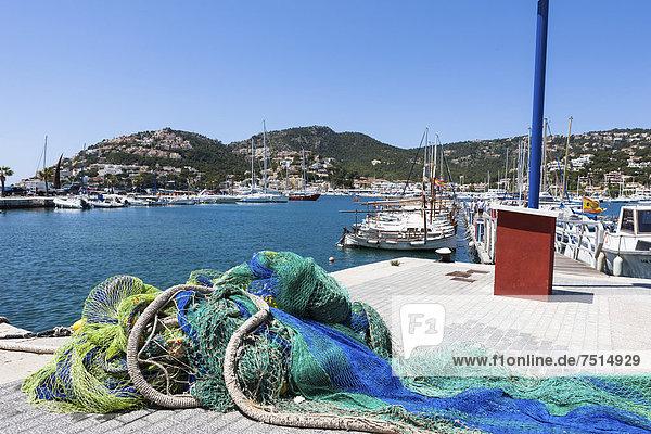 Bay of Puerto Andratx  Port d'Andratx  Mallorca  Balearic Islands  Mediterranean Sea  Spain  Europe
