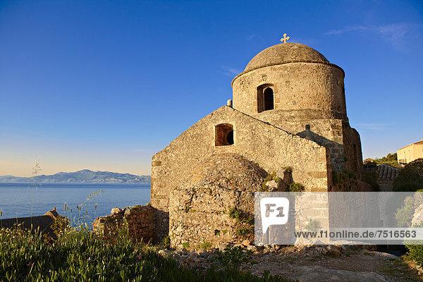 Mittelalterliche byzantinische orthodoxe Kirche von Monemvasia  Peloponnes  Griechenland  Europa