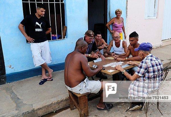 Spiel  Straße  Dominostein  Kuba