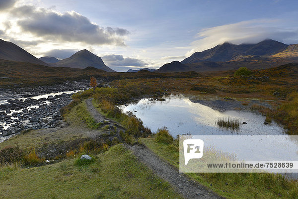 Small lake in front of the Black Cullins Mountains  Sligachan  Isle of Skye  Scotland  United Kingdom  Europe
