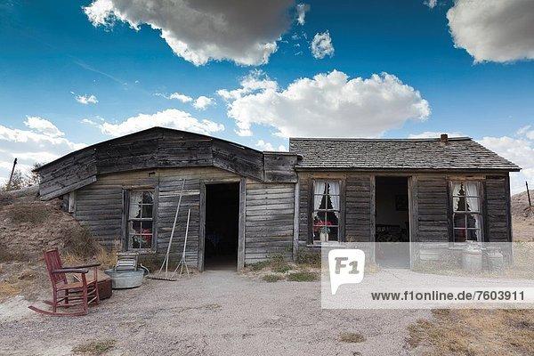 USA  South Dakota  Cactus Flat  Prairie Homestead  homesteader sod house exterior