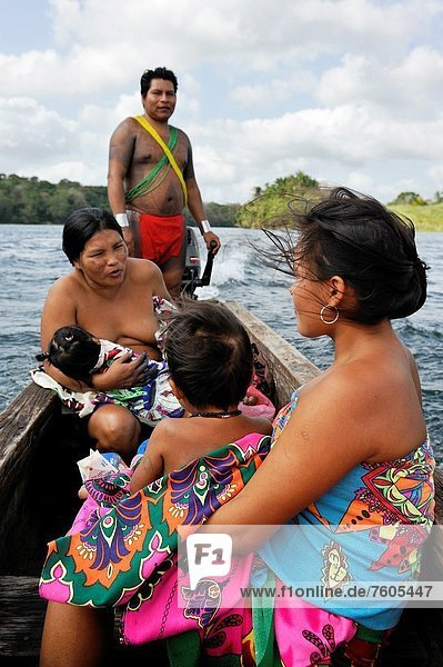Fluss  Gemeinschaft  Mittelamerika  Ethnisches Erscheinungsbild