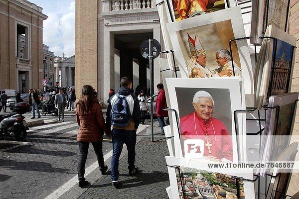 Rom  Hauptstadt  folgen  Großstadt  Ende  Ankündigung  11  Medien  Papst  Vatikan