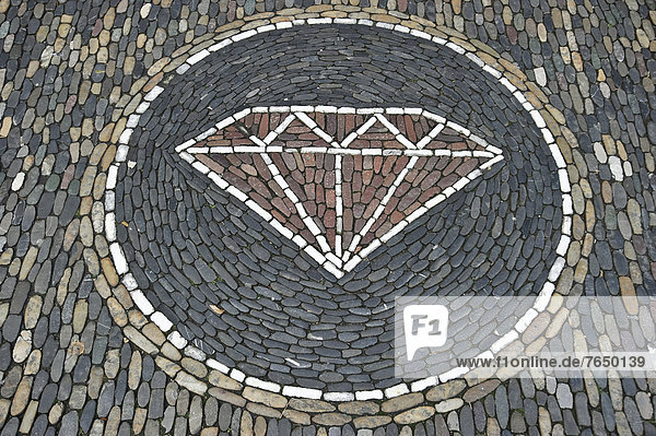 Kristall  Steinmosaik vor einem Juweliergeschäft  Freiburg im Breisgau  Baden-Württemberg  Deutschland  Europa