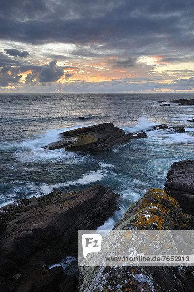 Felsbrocken  Abend  Ozean  Küste  Atlantischer Ozean  Atlantik