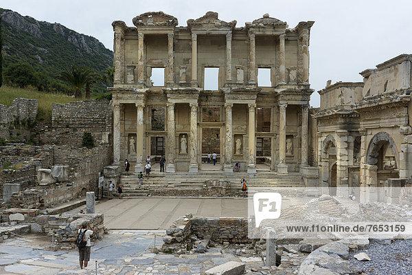 Library of Celsus  ancient city of Ephesus  Efes  Izmir province  Turkey  Asia
