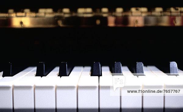 Tastatur eines Klaviers - Instrument - Musik