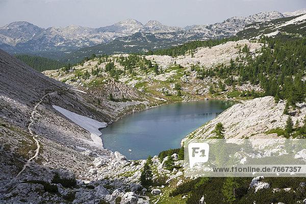 Bergsee Veliko Jezero  Sieben-Seen-Tal  Nationalpark Triglav  Slowenien  Europa