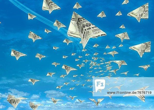 Flugzeug  hoch  oben  fliegen  fliegt  fliegend  Flug  Flüge  Produktion  Indianer  Himmel  Währung Flugzeug ,hoch, oben ,fliegen, fliegt, fliegend, Flug, Flüge ,Produktion ,Indianer ,Himmel ,Währung