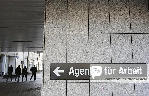 'Schild ''Agentur für Arbeit'''