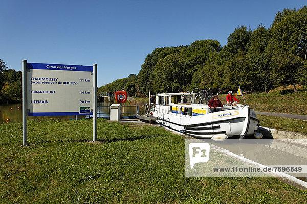 Schild  Hausboot auf dem Canal des Vosges  früher Canal de l?Est  Schleusentreppe von Golbey