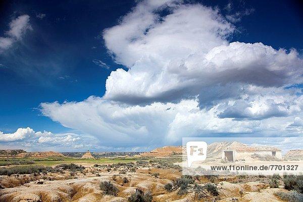 Himmel  über  dramatisch  Steppe  Navarra  Spanien