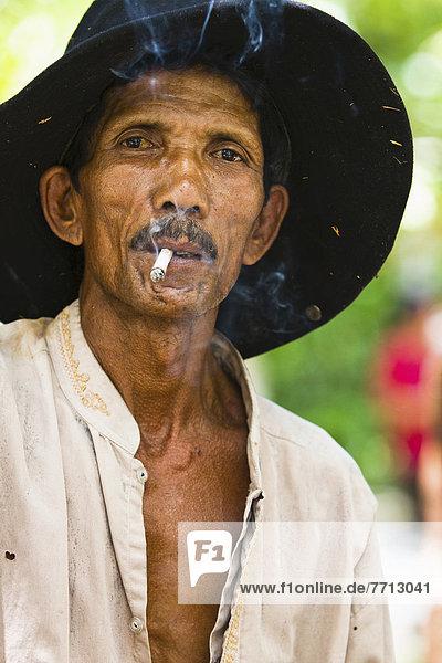 Portrait  Pose  Würze  Abfall  Indonesien  indonesisch  Aasfresser