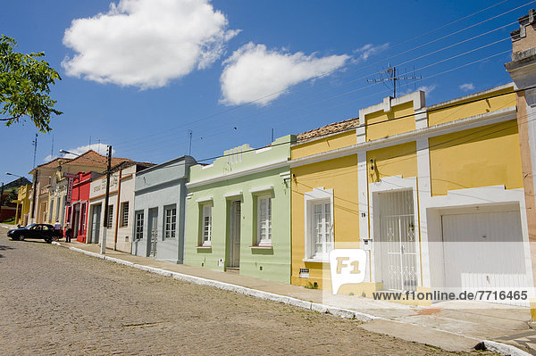 Farbaufnahme Farbe Gebäude Straße