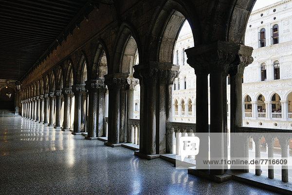 Doge's palace Venice italy