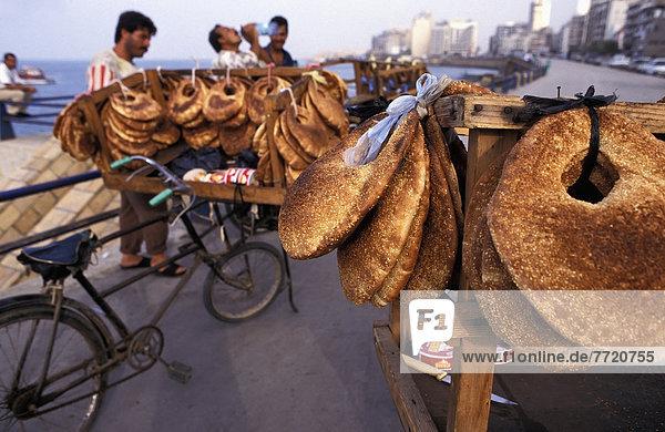 Brot  Straßenverkäufer