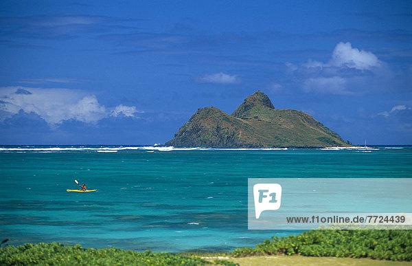 entfernt Küste Kajakfahrer Ansicht vorwärts Distanz Hawaii Oahu