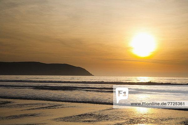 Strand  Sonnenuntergang  Großbritannien  über  Meer  Sand  North Devon  Putsborough Sands