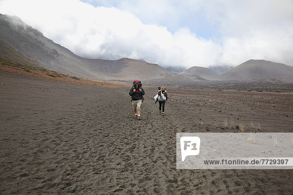 Boden  Fußboden  Fußböden  wandern  Krater  Haleakala  East Maui Volcano  Hawaii  Maui