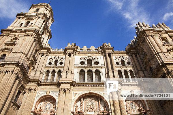 niedrig  Kathedrale  Ansicht  Flachwinkelansicht  Andalusien  Winkel  Malaga  Spanien