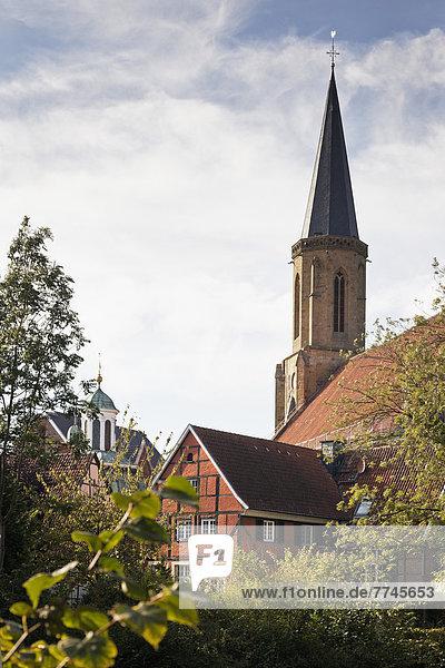 Deutschland  Nordrhein-Westfalen  Blick auf die Kirche St. Clemens