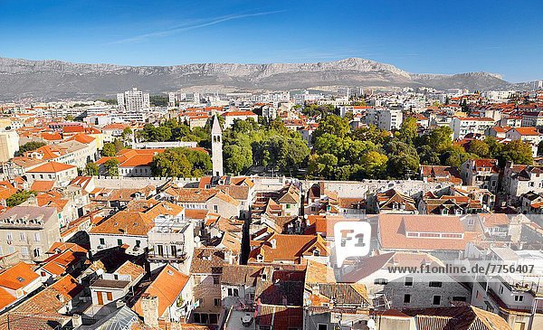 Panorama  Ansicht  Altstadt  Glocke  Kroatien  Dalmatien