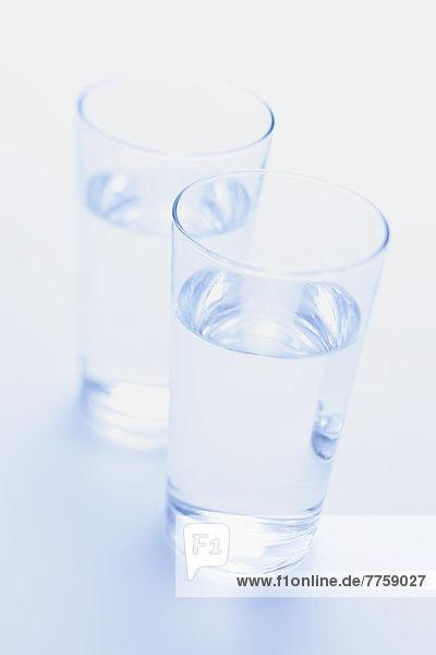 Zwei Wassergläser