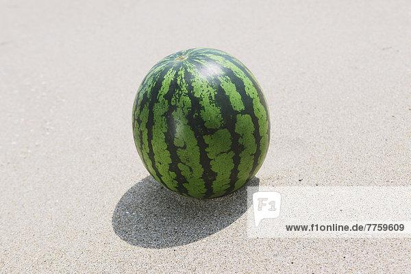 Strand , Wassermelone