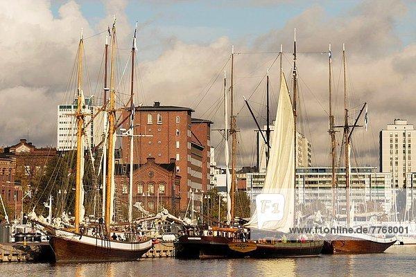 Fischereihafen Fischerhafen Helsinki Hauptstadt Segelboot