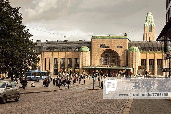Helsinki  Hauptstadt  Zug  Finnland  Haltestelle  Haltepunkt  Station