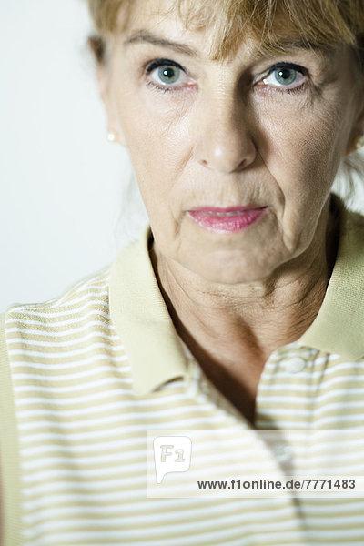 Porträt einer älteren Frau
