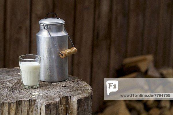 Glas Ländliches Motiv ländliche Motive Bauklötzchen Milch