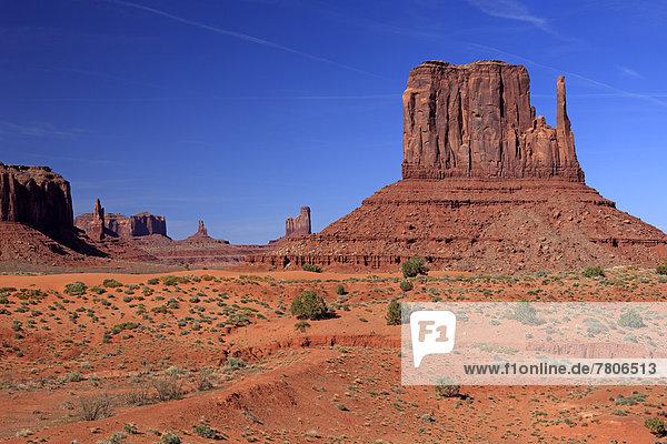 Felsformationen  Wüste