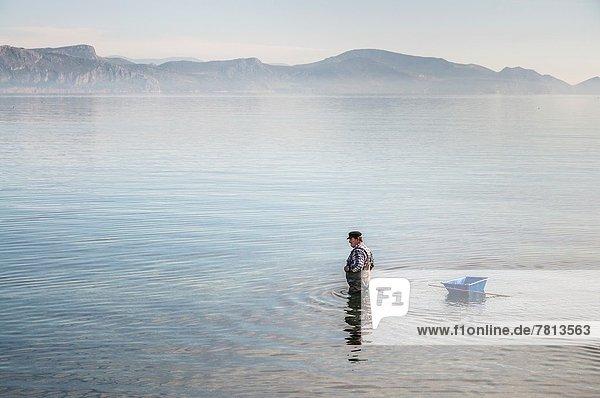 angeln  Tintenfisch  Bucht  Griechenland  Peloponnes