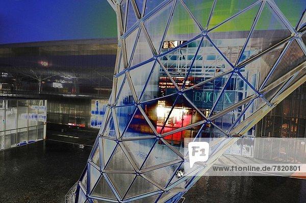 Italien,  Lombardei,  Milan's New Fair Complex bei Nacht.