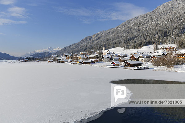 See Weißensee in Kärnten gefroren