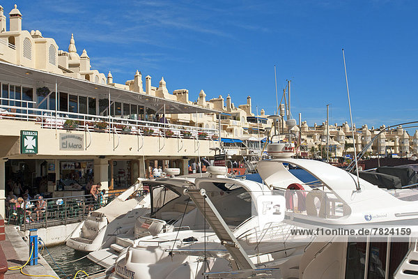 Europe  Spain  Andalusia  Benalmadena Costa  Puerto deportivo de Benalmadena  sports harbour  Puerto Marina  building  construction  tourism  architecture  harbour  port  sport  boats  sea  water  ships  people  persons  catering trade  restaurant