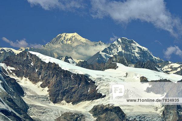 Osten  sehen  Ehrfurcht  Alpen  Fokus auf den Vordergrund  Fokus auf dem Vordergrund  links  rechts