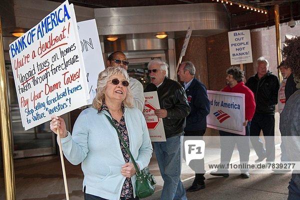 Amerika Wohnhaus Kredit fragen Ende Bank Kreditinstitut Banken Detroit Michigan Streik einstellen