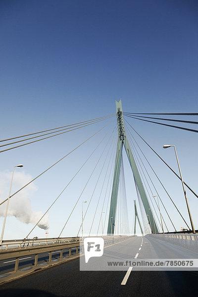 Deutschland  Hamburg  Blick auf die Kohlbrandbrücke
